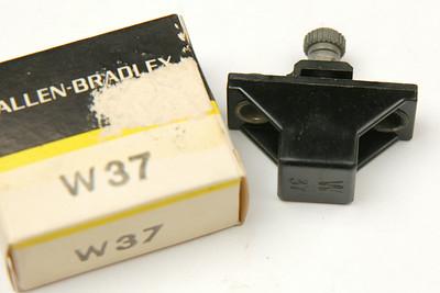 W37BOX