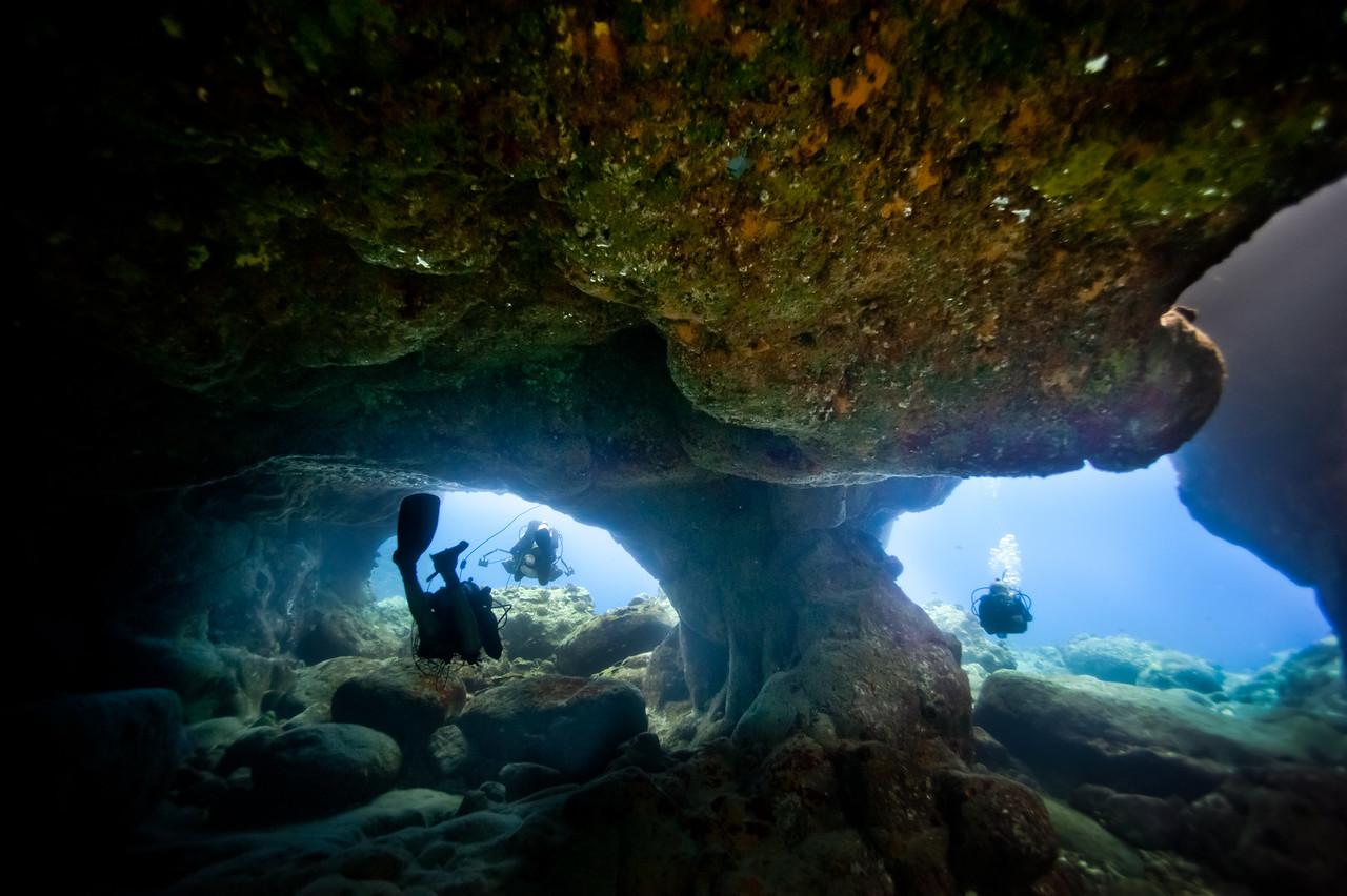 Cave swimthrough