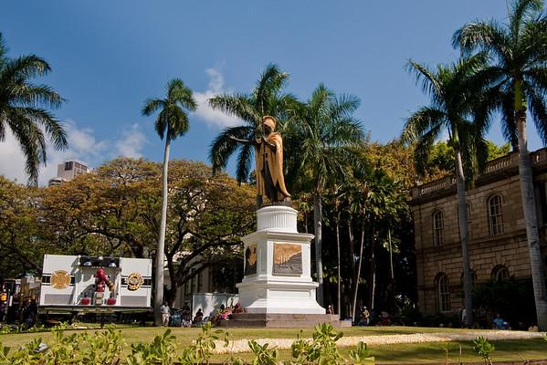 King Kamehameha I Statue Lei Draping June 2009