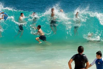 Sandy Beach, bodysurfer