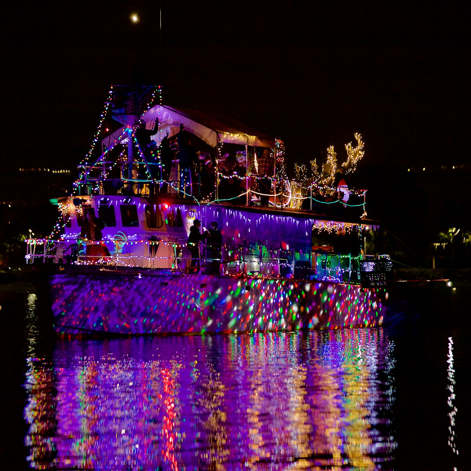 29_Gand Prize (sea scout boat with live band)  Makai_MG_7633