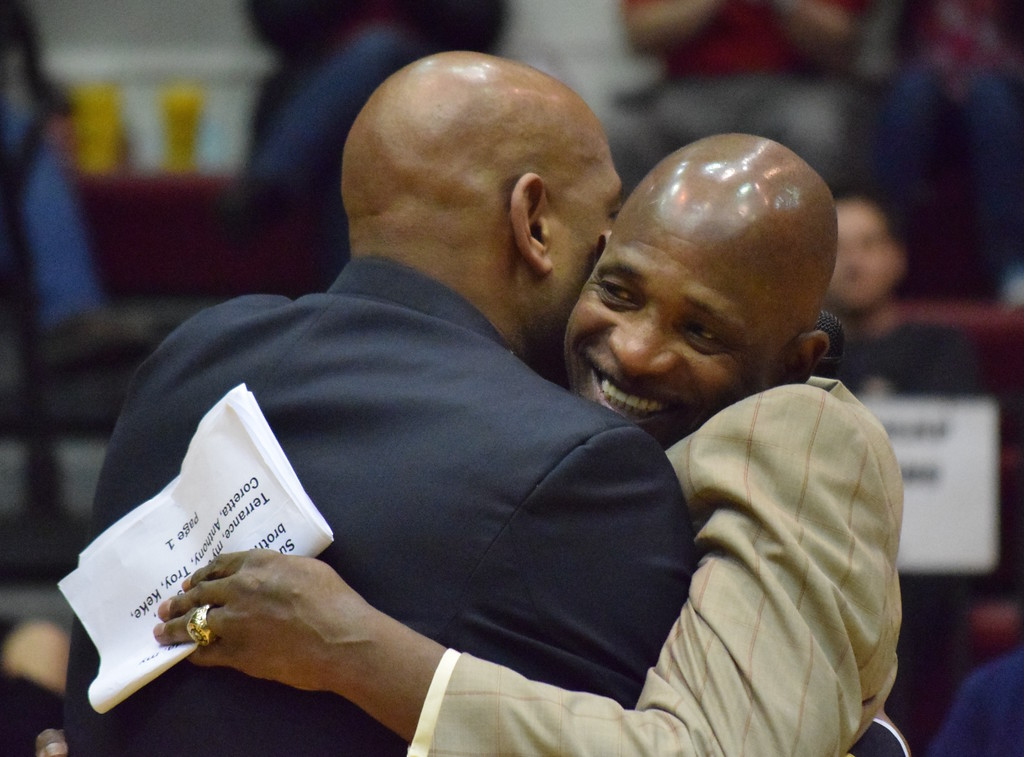 . The University of Detroit Mercy honored its 1976-77 Sweet Sixteen team � the last year the Titans were coached by Dick Vitale � and retired the jersey of Terry Duerod in ceremonies before and during Friday\'s game against Oakland University. (MATTHEW B. MOWERY � The Oakland Press)