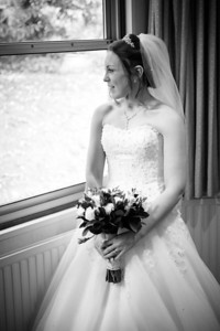 Oakley_Court_Wedding_Photographer_0015