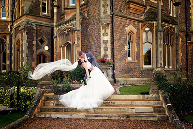 Oakley_Court_Wedding_Photographer_0040
