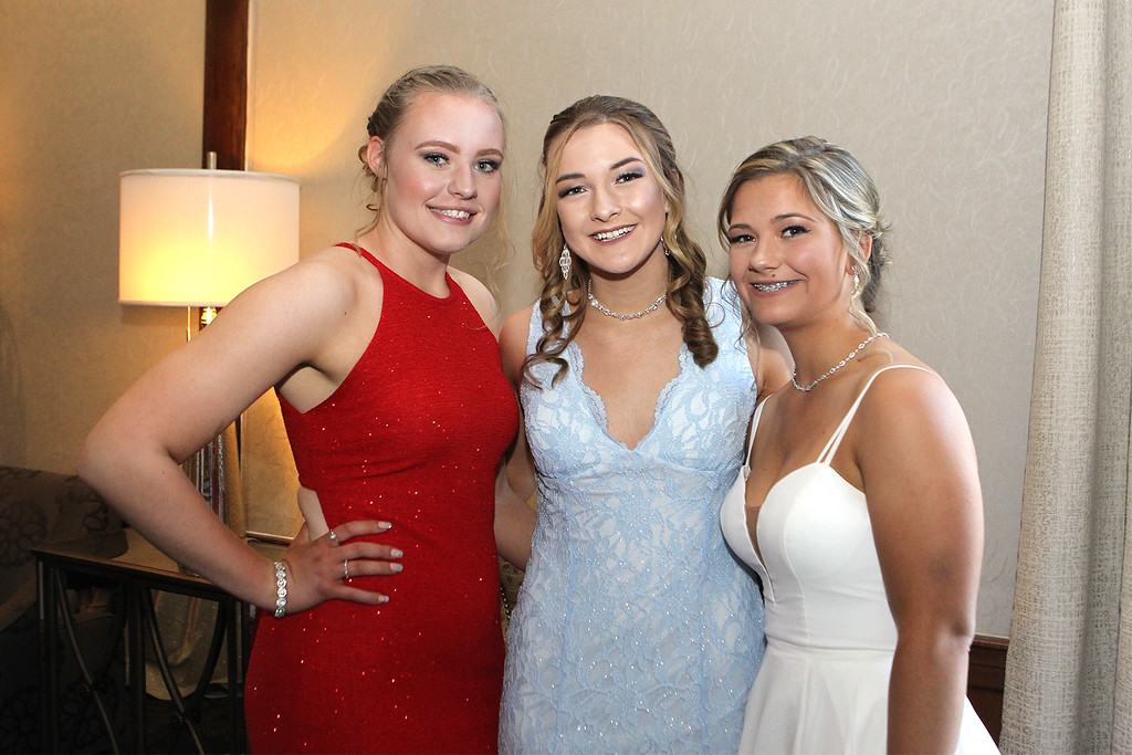 . Leahy Pelkey Madsion Fitzgerald Rieley Billings all dressed up for fun at the prom -Courtesy photo