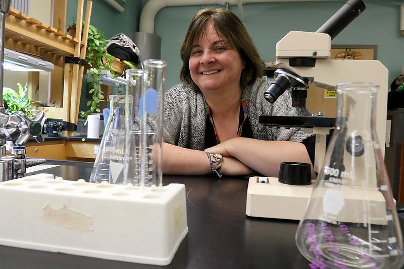 Oakmont Science Teacher Alana Archangelo.  SENTINEL & ENTERPRISE/JOHN LOVE