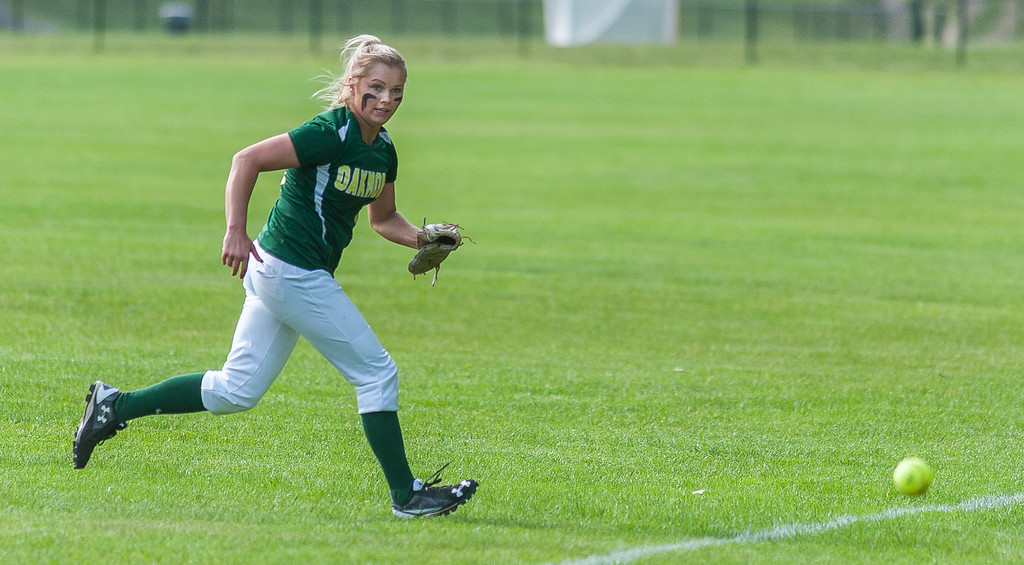 . Oakmont RF Erika Hall chases down an ultimately foul fly ball against Nipmuc in the Central Mass. Division 2 quarterfinals. SENTINEL&ENTERPRISE/ Jim Marabello