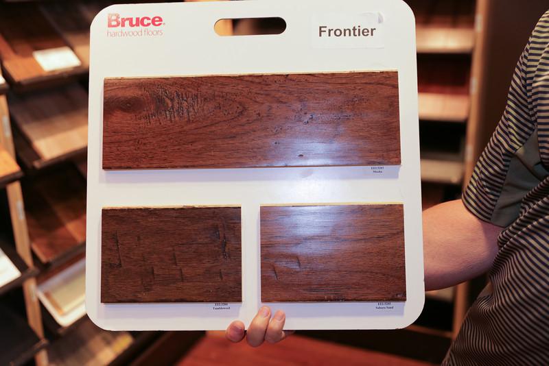 Bruce Frontier EEL5203 Floating Hardwood  GROUP 3