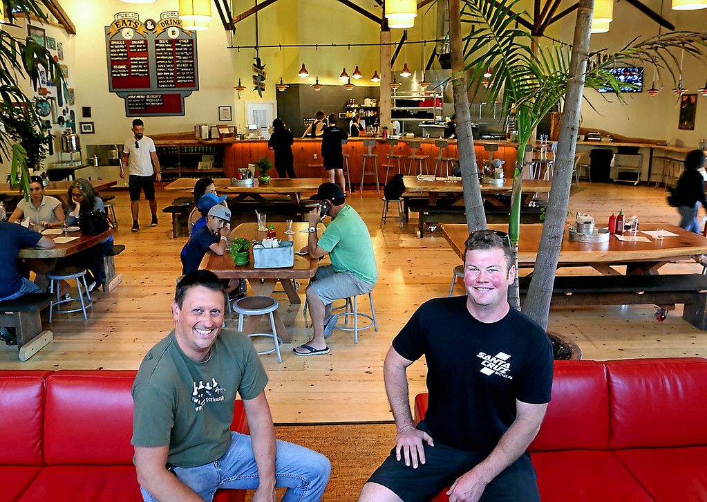 . Uncommon Brewers\' Alec Stefansky and Chris LaVeque at the brewery\'s Oasis Tasting Room and Kitchen. (Shmuel Thaler -- Santa Cruz Sentinel)