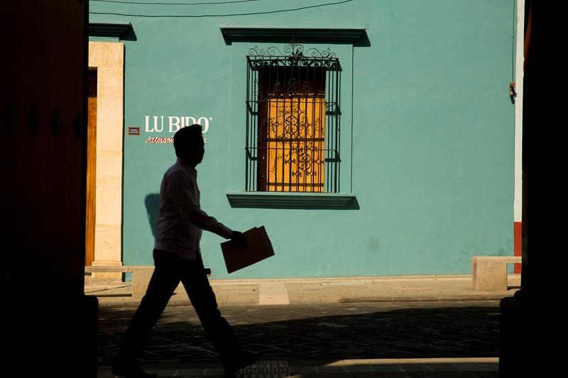 Silhouette on Vigil Garcia Calle