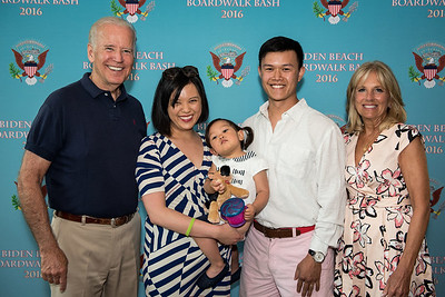 Vice President Joe Biden and Dr. Jill Biden host the Biden Beach Boardwalk Bash at the Naval Observatory in Washington, DC. June 4, 2016. Photographer: Christopher Dilts /