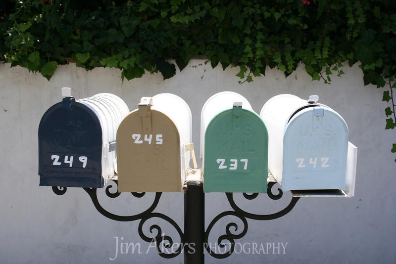 Very different mailbox arrangement.  Good colors