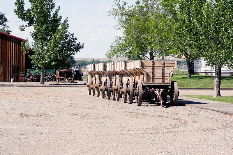 Antique Mining Wagons_SS7704