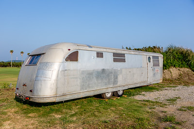 Spartan Mansion trailer from about 1950 made by Spartan Aircraft. On display on the Boso Flower line. http://spartantrailer.com