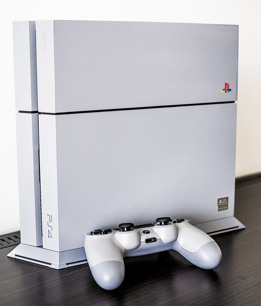 20 years Anniversary Edition Playstation 4