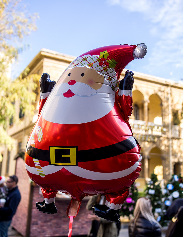 Flying Santa baloon