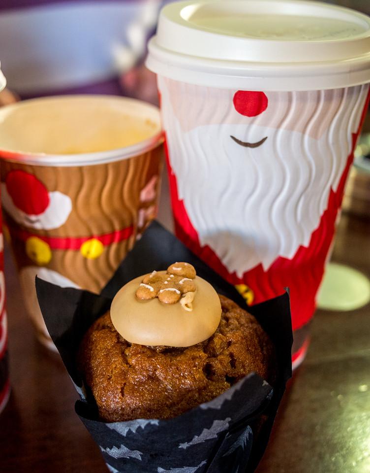 Christmas coffee with a cupcake