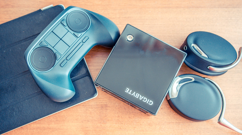 Steam Machine from Gigabyte and Steam Controller