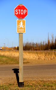Stop Cyclists dismount Signs