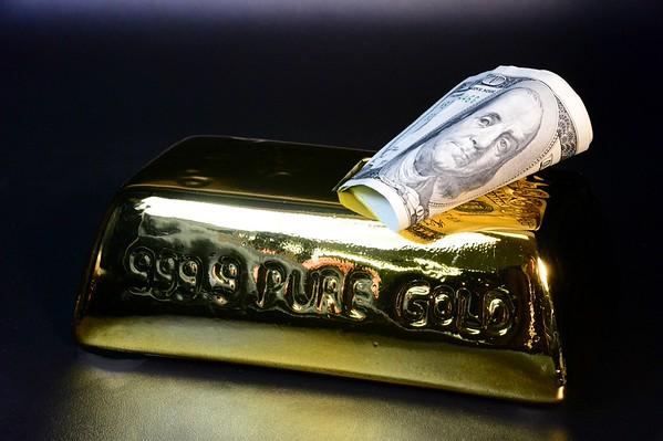 Cash or Gold ?