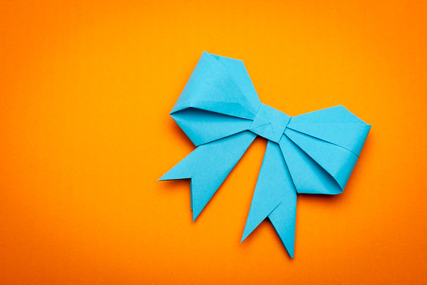 origami papaer bow