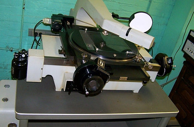 Two direction stellar measuring engine.