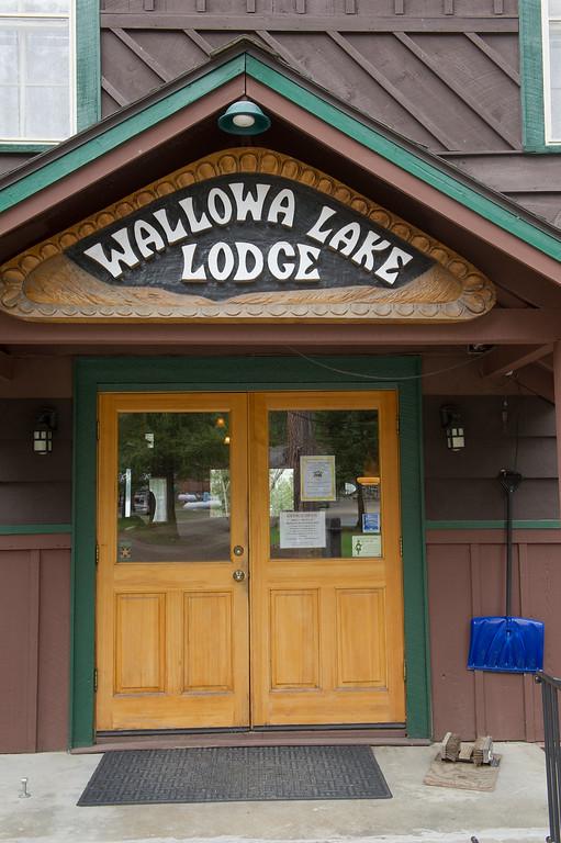 Wallowa Lake Lodge entry, April 15, 2016