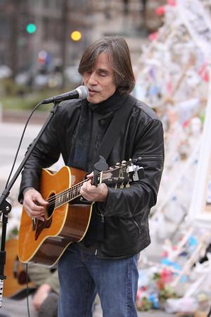Jackson Browne Freedom Plaza D.C .12/05/11