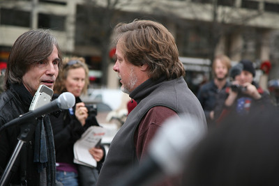 Jackson Browne with Kevin Zeese one of the organisers of the October 2011 movement that is occupying Freedom Plaza in Washington D.C.