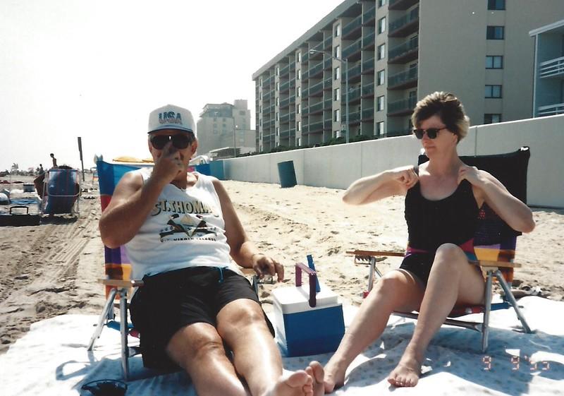 Bruz, Kay Beachtime