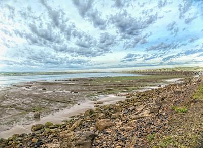 Low tide clouds