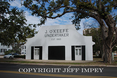 Offices and show room for Bradford O'Keefe Funeral Home in Ocean Springs, Mississippi