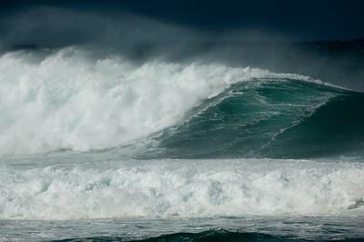 Turquoise Waves  North Shore Oahu, Hawaii January 2007