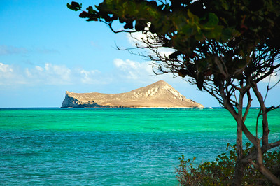 Manana Island (Rabbit Island) off Makapu'u Point Waimanalo Beach has some of the most beautiful bright turquoise water and powdery soft, white sand on O'ahu.  Hawaii