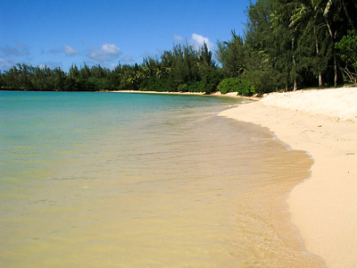 Beautifully peaceful beach ~ Kawela Bay  North Shore Oahu, Hawaii 030901