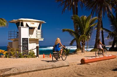 Sunset Beach Lifeguard Tower, Biking along the North Shore Bike Path