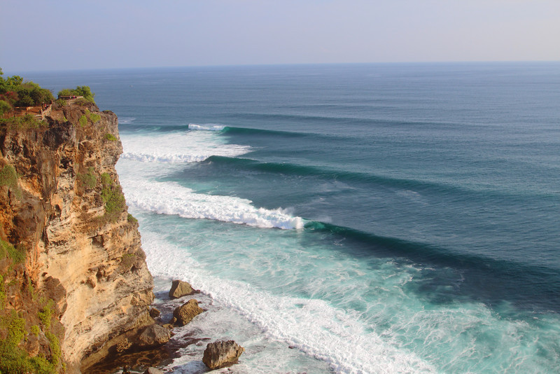 Waves lining up off the cliffs near Uluwatu, Bali