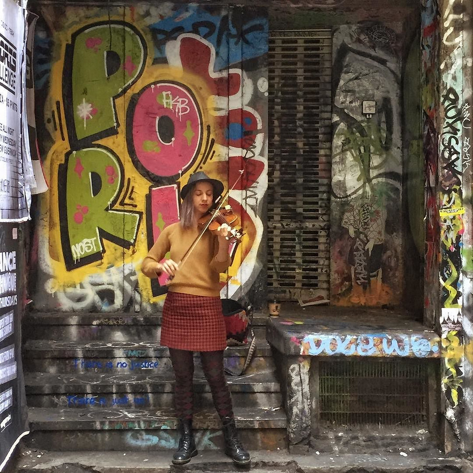 Centre Place, Melbourne. Musician and Street Art.