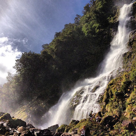 Helena Falls up close and personal -- Deep Cove, Doubtful Sound #newzealand