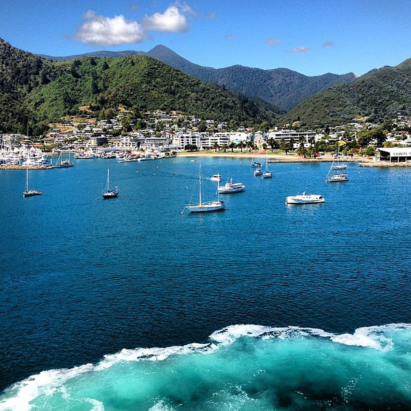 When sunshine delivers every shade of blue available in the water. Picton Harbor, New Zealand