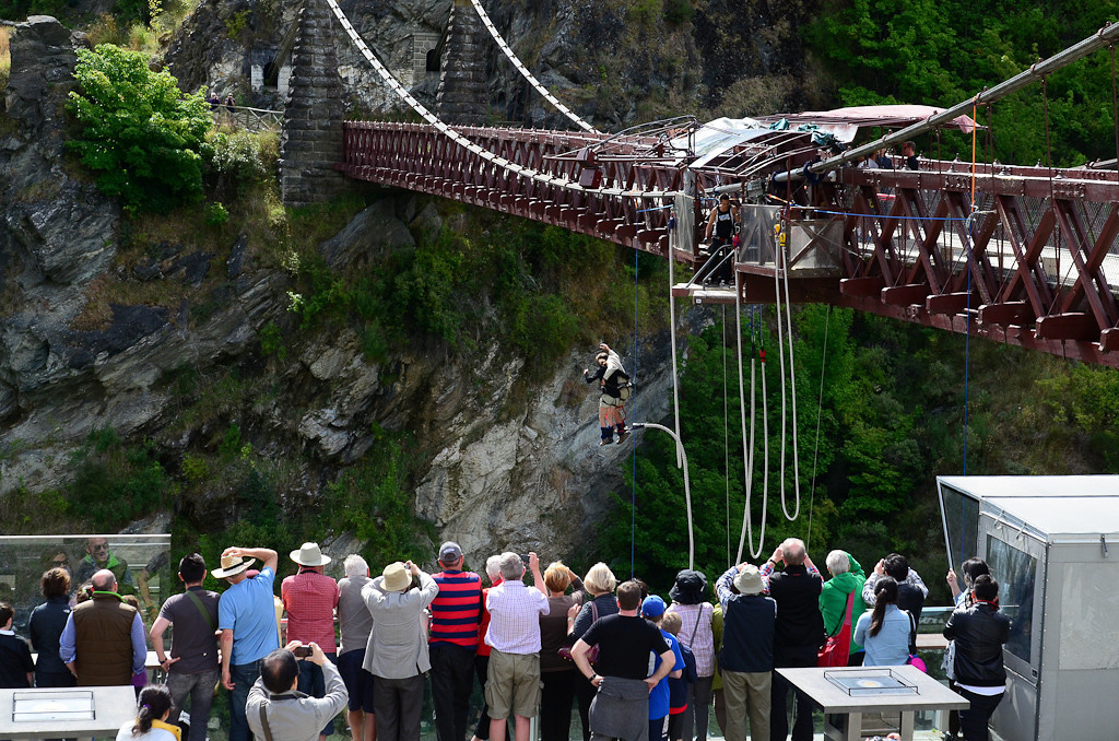 Tandem Bungee Jump for Valentine's Day - Kawarau Bridge, New Zealand