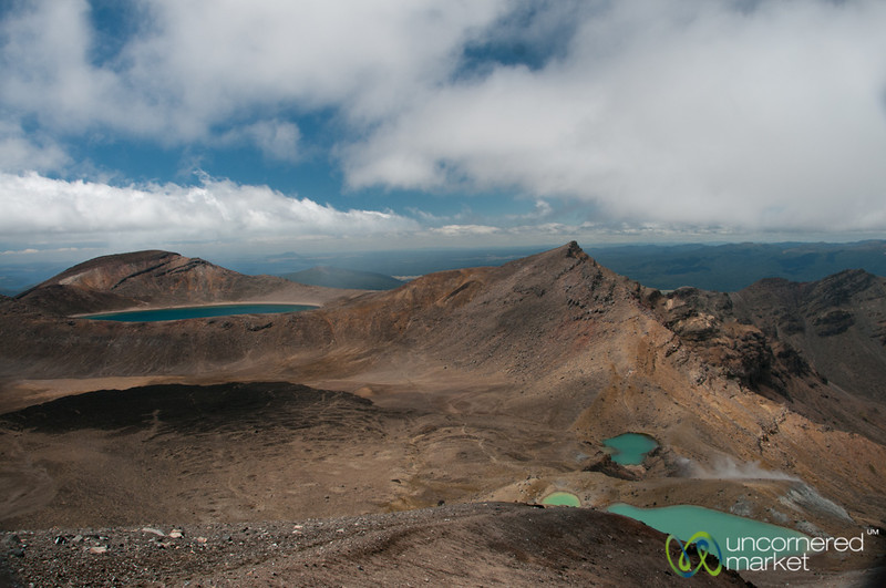 View of Blue and Emerald Lakes, Tongariro Crossing - New Zealand