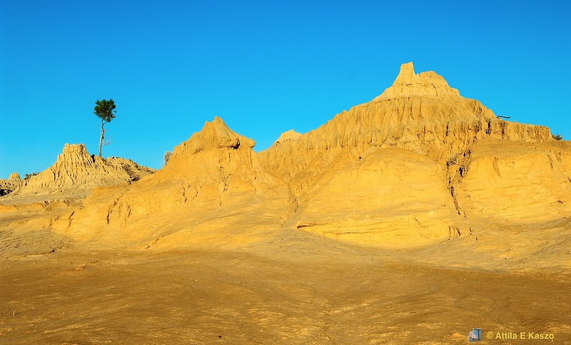 Walls of China - Sunset<br /> <br /> Willandra Lakes Region - WHA<br /> <br /> Mungo NP,  NSW
