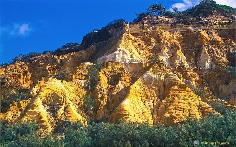 The Pinnacles - Fraser Island, Qld