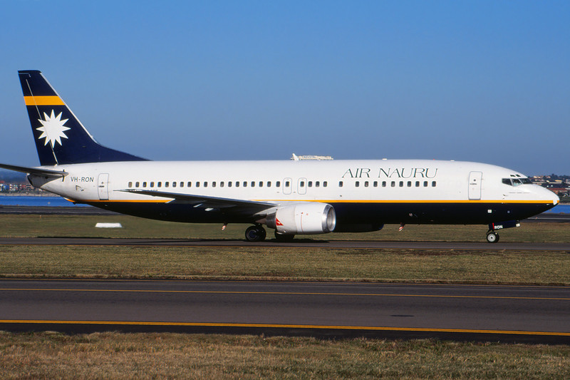 VH-RON Boeing 737-4L7 c/n 26960 Sydney-Kingsford Smithe/YSSY/SYD 02-05-99 (35mm slide)