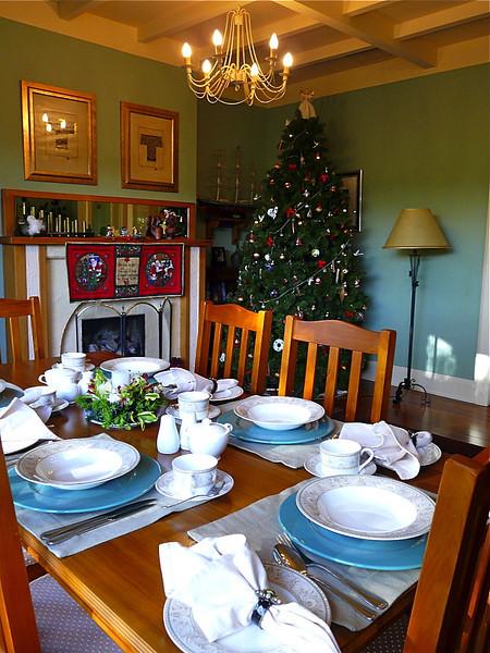 Shelbourne Villa dining room