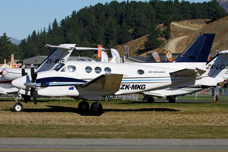 ZK-MKG Beech C90SE King Air c/n LJ-1367 Wanaka/NZWF/WKA 07-04-12