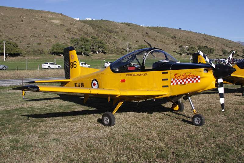 "NZ1986 (86) Pacific Aerospace CT/4E Airtrainer ""Royal New Zealand Air Force"" c/n 201 Wanaka/NZWF/WKA 07-04-12 ""Red Checkers"""
