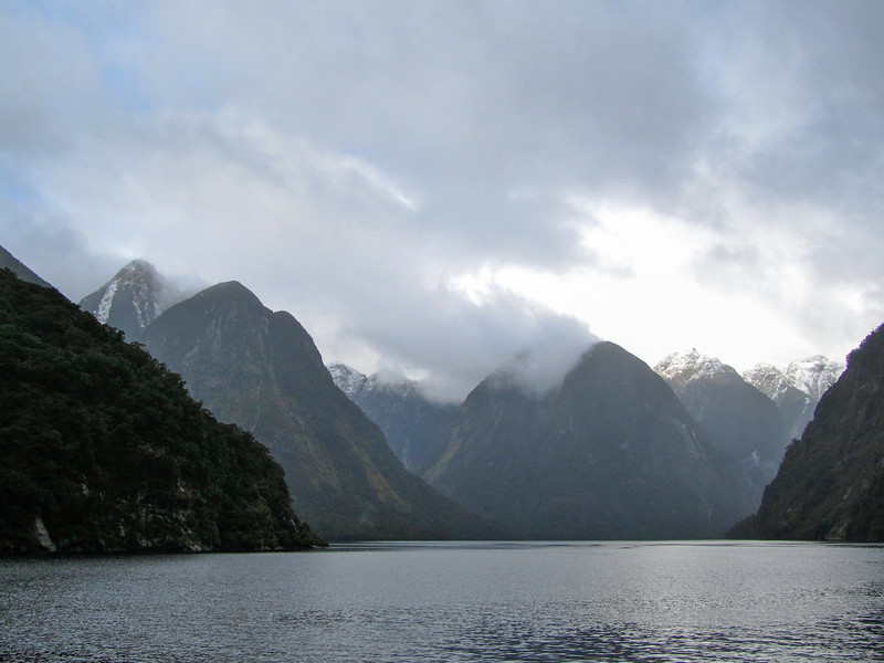 Cruising Doubtful Sound