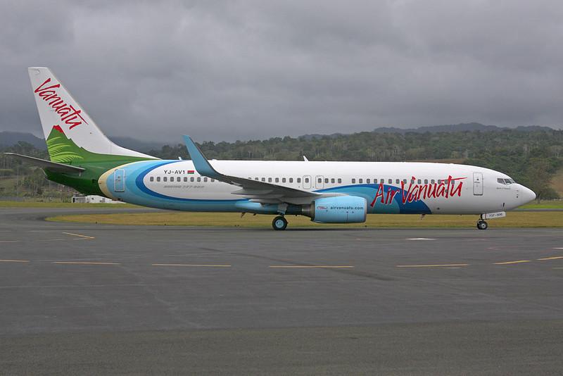 YJ-AV1 Boeing 737-8Q8 c/n 30734 Port Vila/NVVV/VLI 17-11-09
